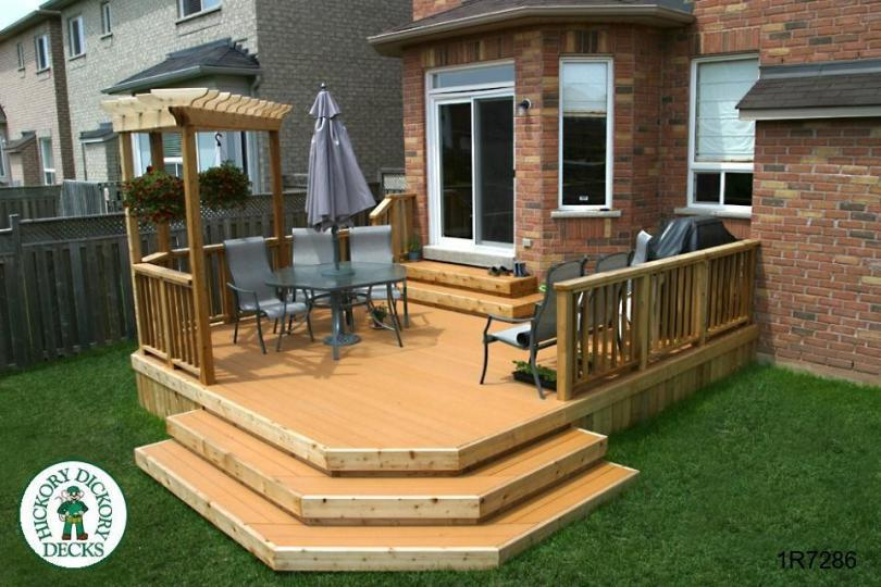 ... single level deck with a pergola (#1R7286).
