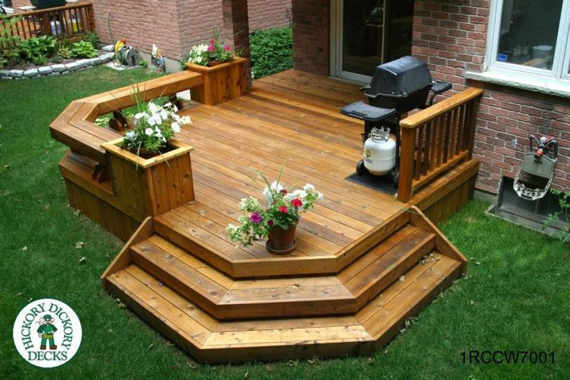 Single Level Deck With Benches And Planters 1rccw7001