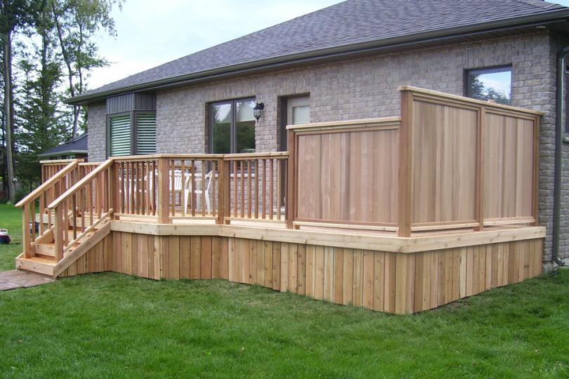 Deck plan 1r11010 diy deck plans for Simple deck privacy screen